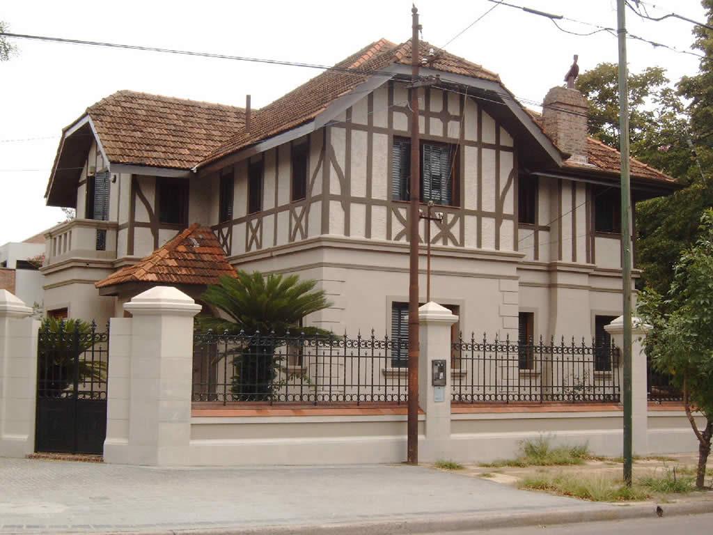 Restauracion de Fachada - Casa Monumento hitorico (1)
